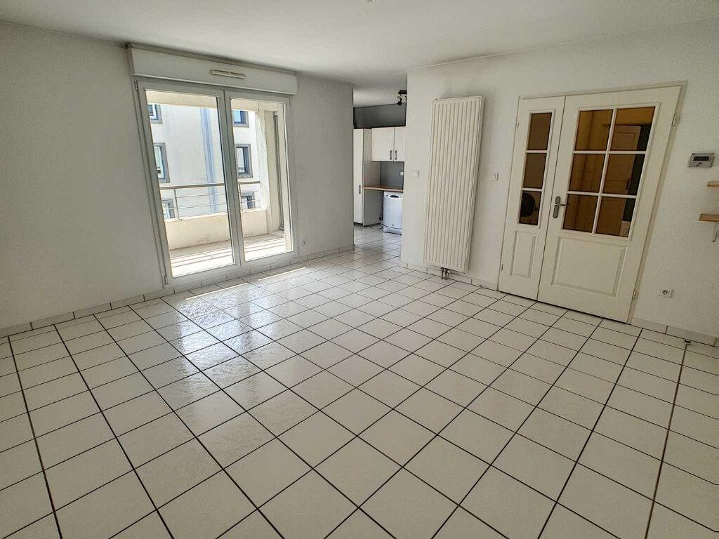 Appartement à vendre 3 75.82m2 à Nancy vignette-2