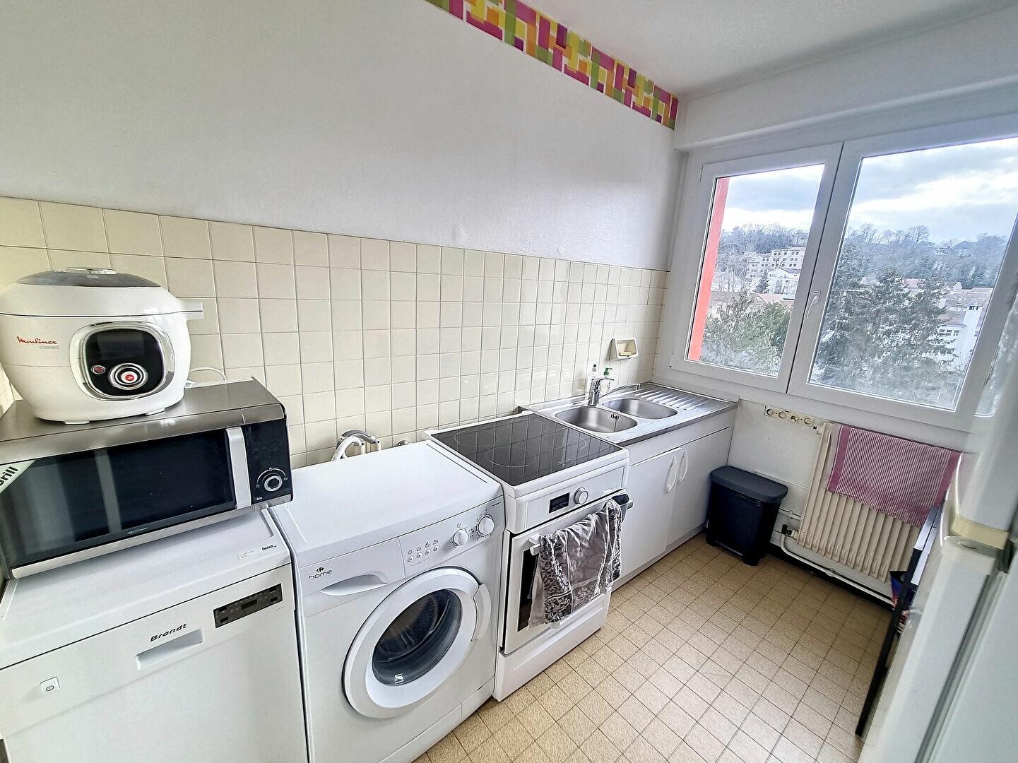 Appartement à louer 3 66m2 à Nancy vignette-2
