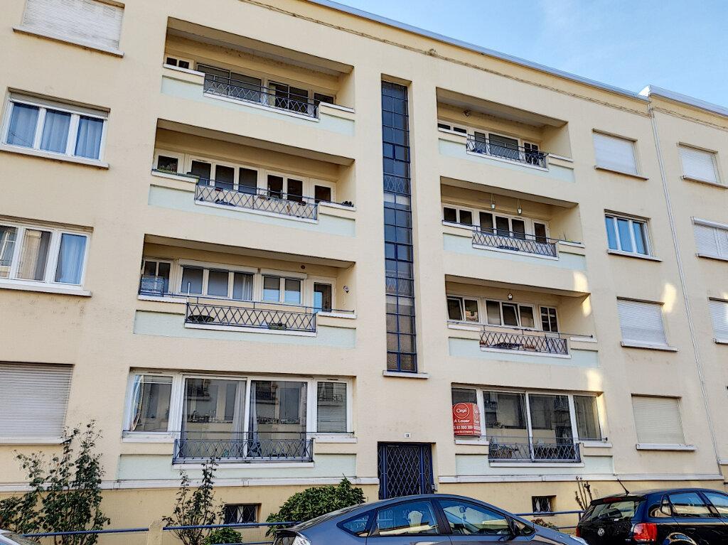 Appartement à louer 3 70m2 à Laxou vignette-6
