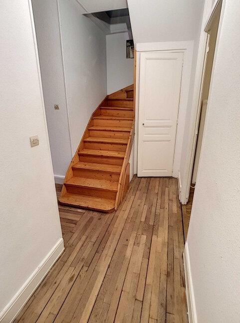 Appartement à louer 5 76.95m2 à Nancy vignette-8