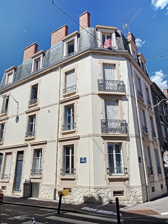 Appartement à louer 2 46.72m2 à Nancy vignette-1