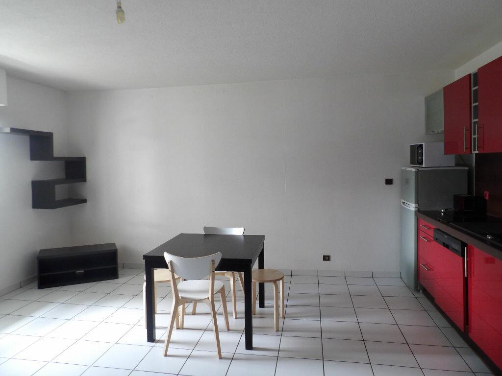 Appartement à louer 1 35.04m2 à Bordeaux vignette-2