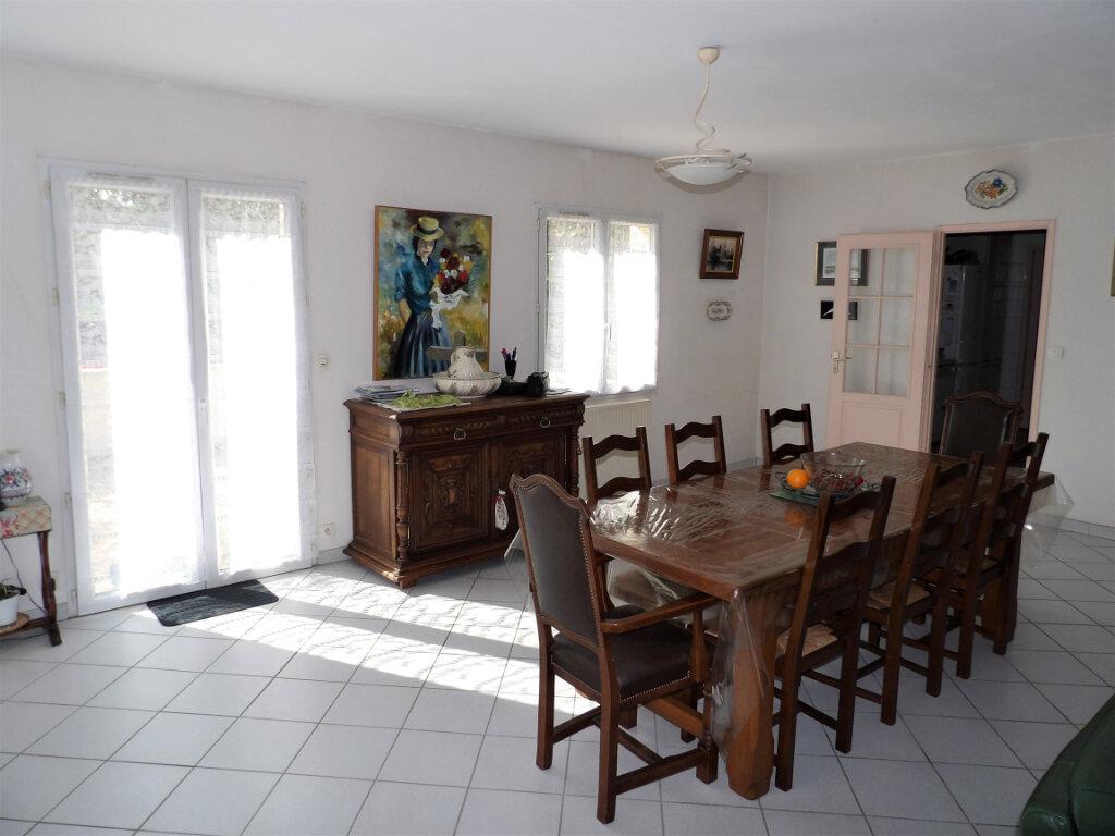 Maison à vendre 5 155m2 à Mérignac vignette-3