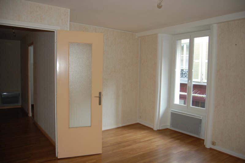 Appartement à louer 2 44m2 à Sancerre vignette-2