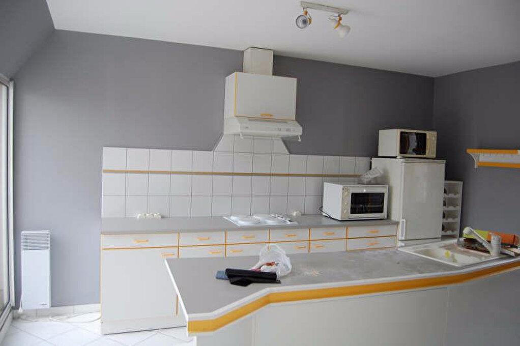 Appartement à louer 2 84m2 à Sancerre vignette-2