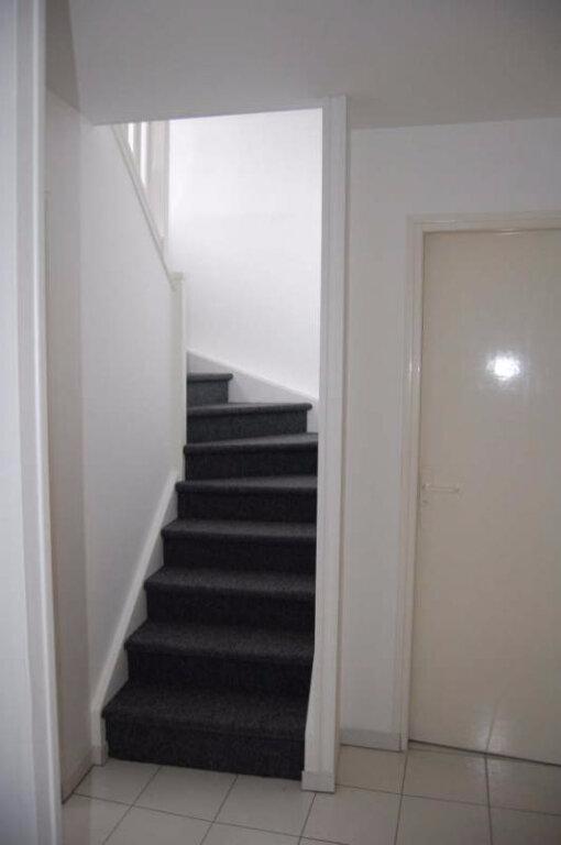 Appartement à louer 2 84m2 à Sancerre vignette-5