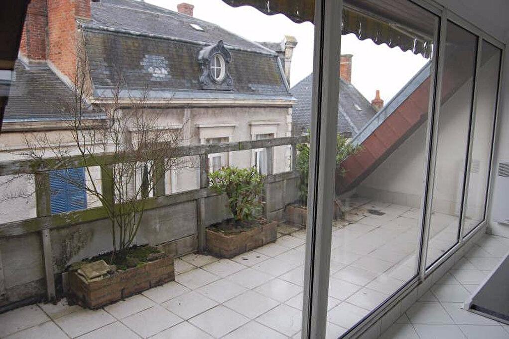Appartement à louer 2 84m2 à Sancerre vignette-12