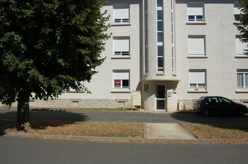 Appartement à louer 3 65m2 à Sancerre vignette-11