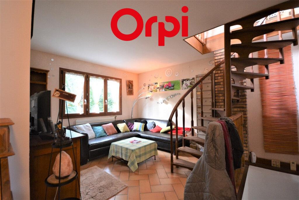Maison à vendre 5 116m2 à Lagny-sur-Marne vignette-4