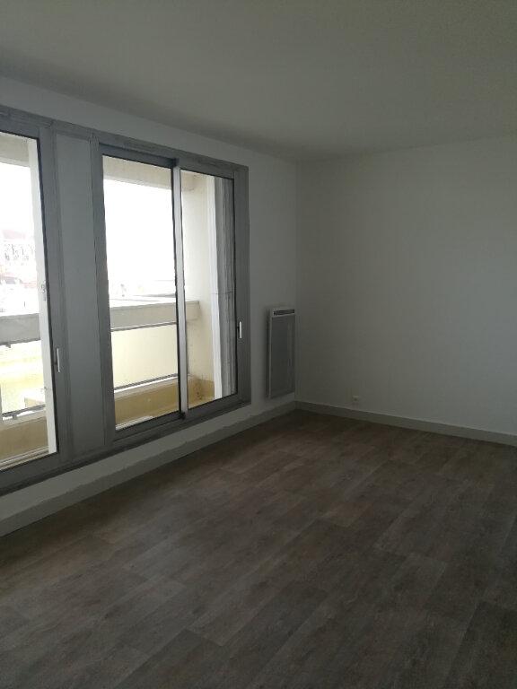 Appartement à louer 1 23.72m2 à Meaux vignette-2