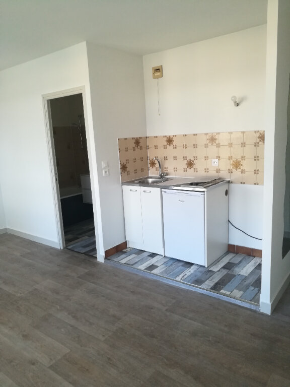 Appartement à louer 1 23.72m2 à Meaux vignette-3