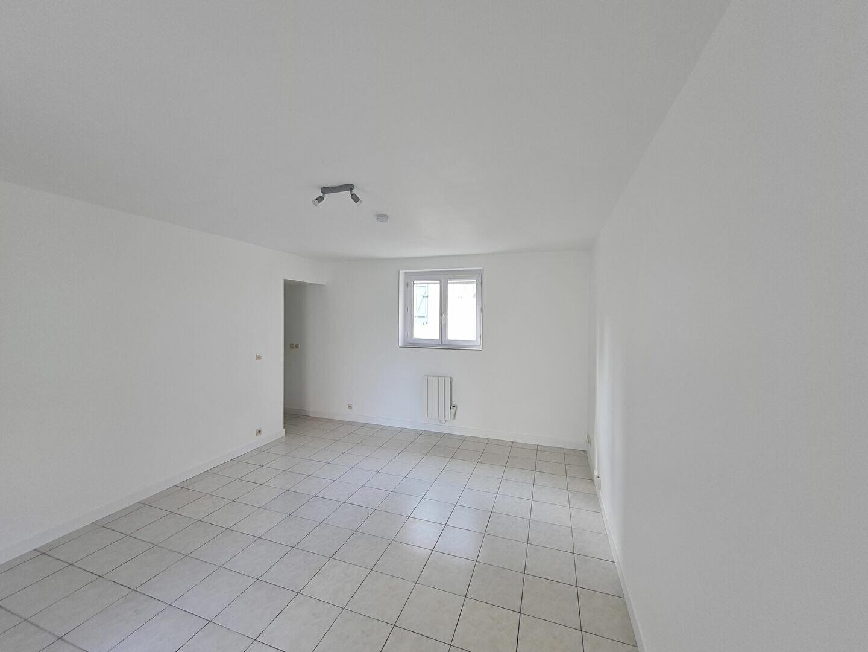 Appartement à louer 1 24.83m2 à Nanteuil-lès-Meaux vignette-2