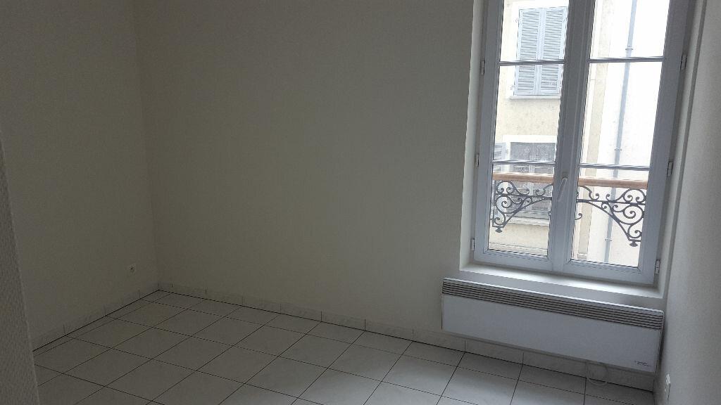 Appartement à louer 2 33.9m2 à Meaux vignette-3