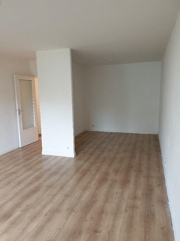 Appartement à louer 3 78.65m2 à Meaux vignette-1