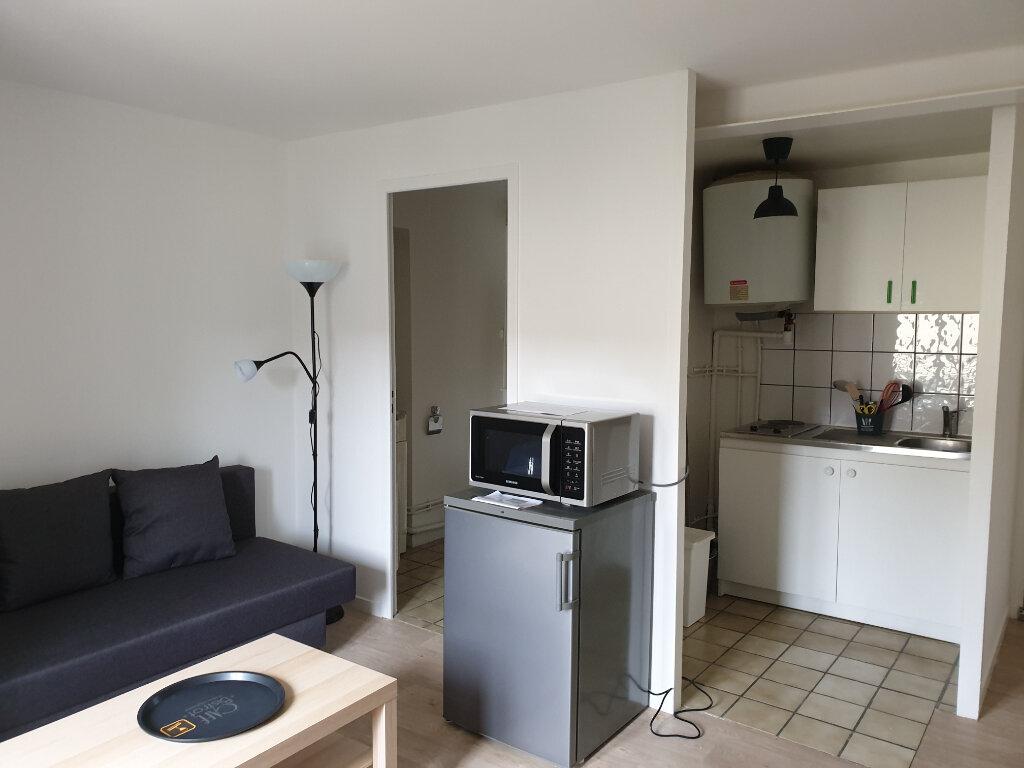 Appartement à louer 1 19.77m2 à Varreddes vignette-2