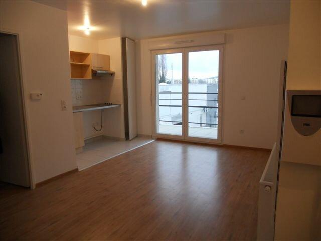Appartement à louer 3 56.97m2 à Meaux vignette-2