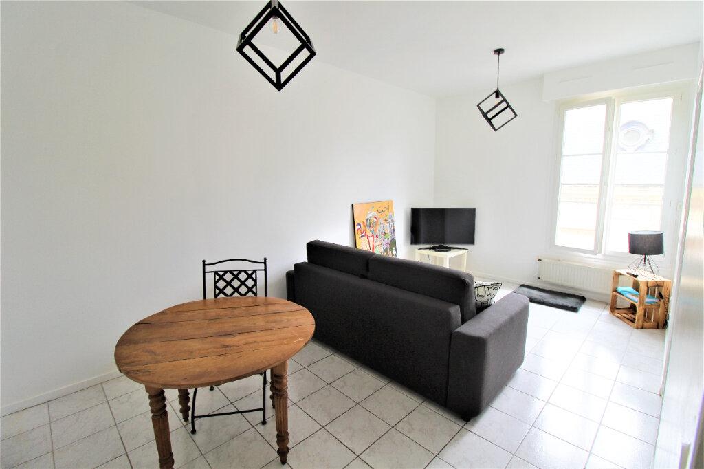 Appartement à vendre 2 41m2 à Noyon vignette-3