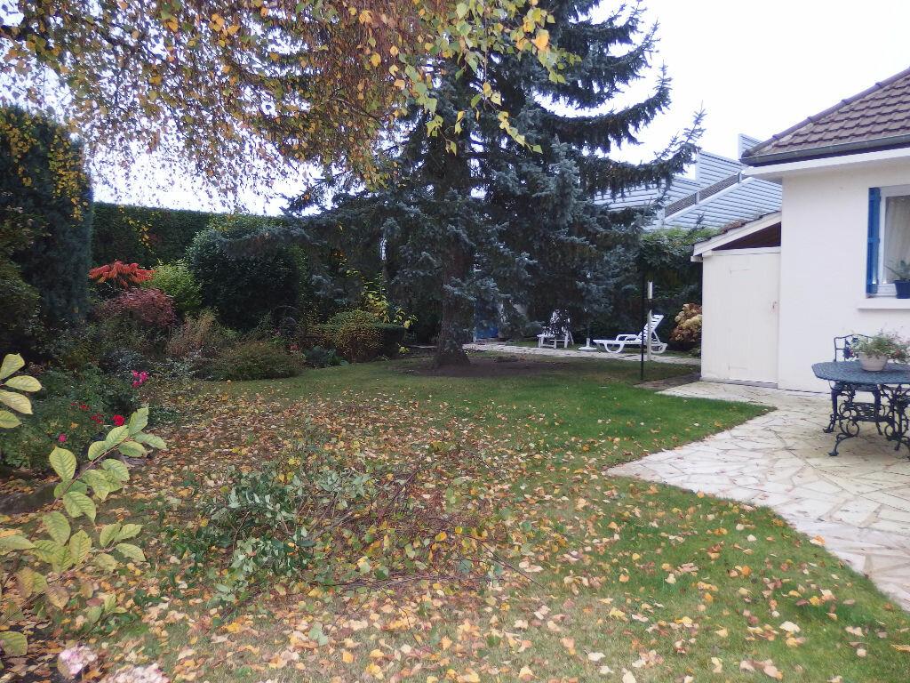 Maison à vendre 4 118m2 à Noyon vignette-12