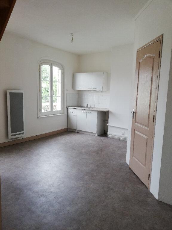 Appartement à louer 3 53.43m2 à Noyon vignette-4