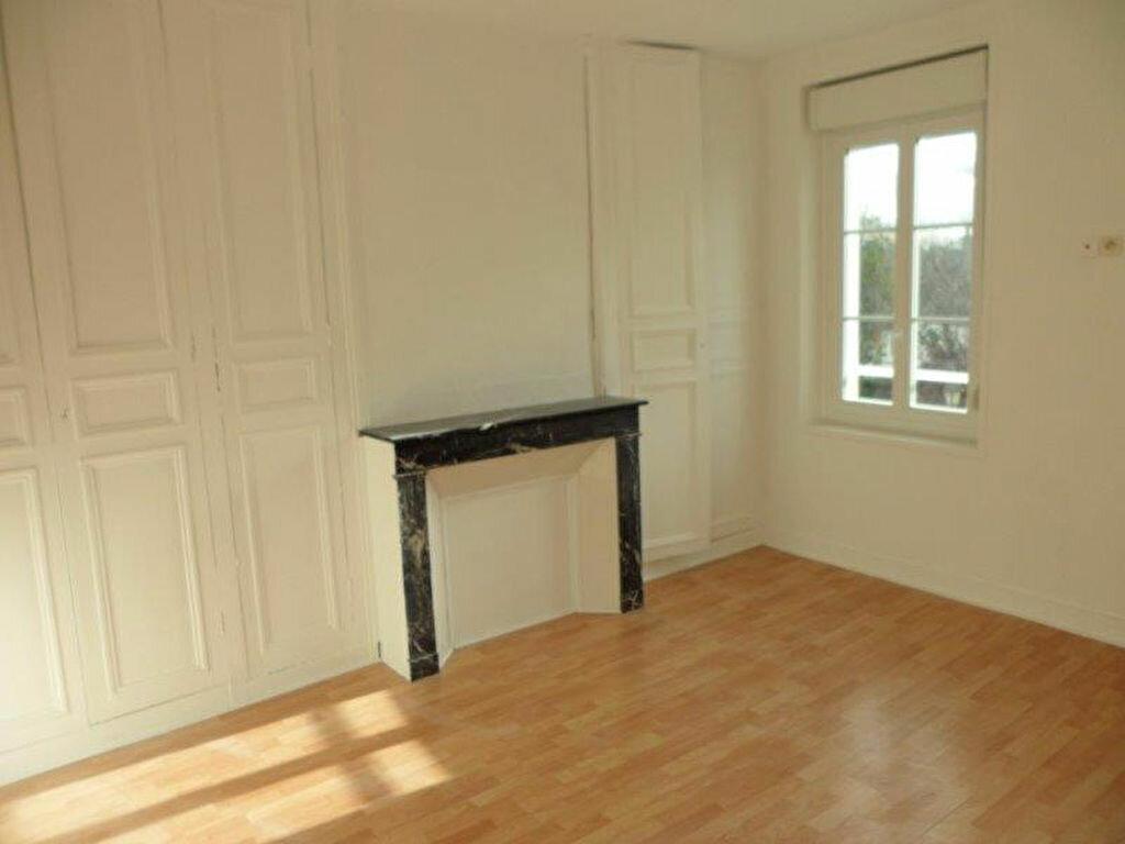 Appartement à louer 3 50.55m2 à Pont-l'Évêque vignette-2