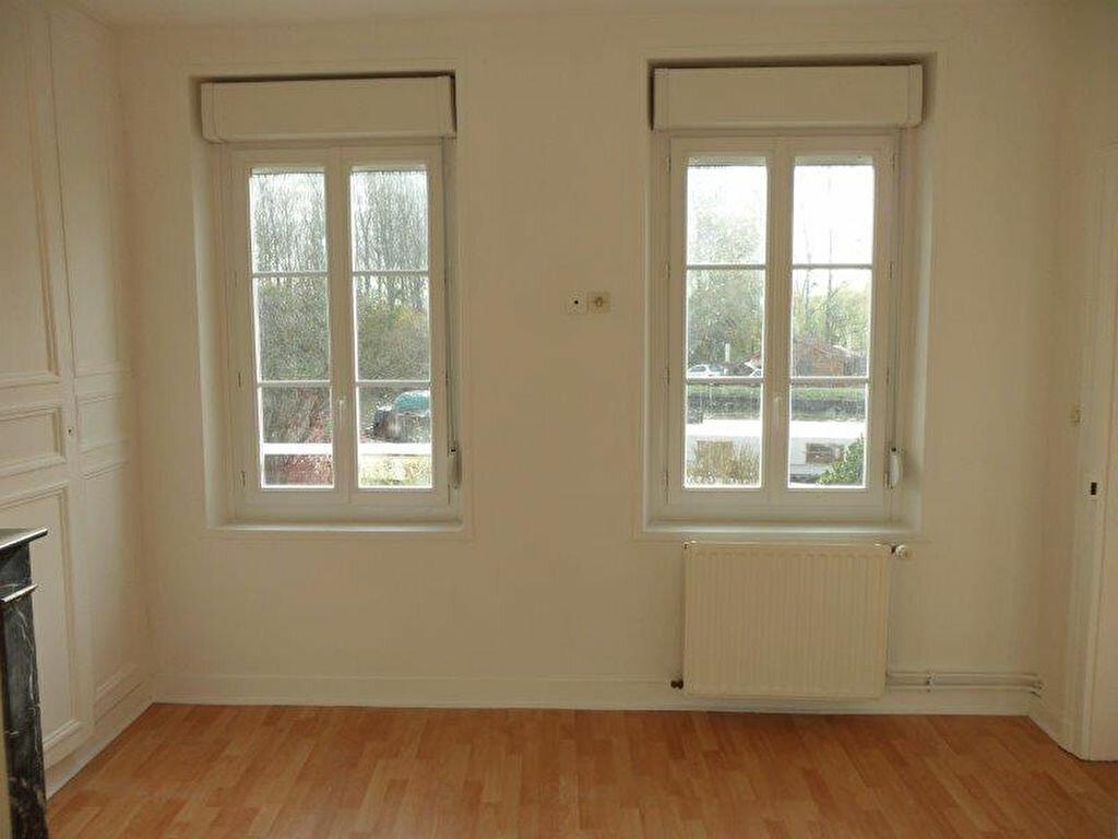 Appartement à louer 3 50.55m2 à Pont-l'Évêque vignette-3