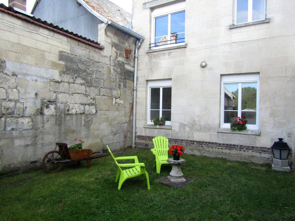 Maison à vendre 5 120m2 à Blérancourt vignette-1