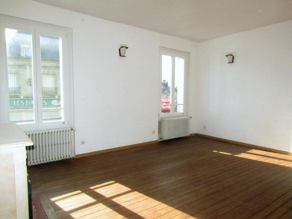 Maison à vendre 5 120m2 à Blérancourt vignette-2