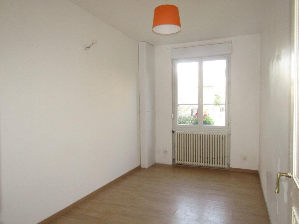 Maison à vendre 5 120m2 à Blérancourt vignette-5