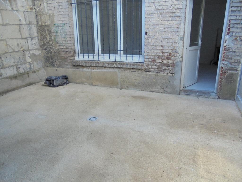 Appartement à louer 3 57.38m2 à Noyon vignette-7