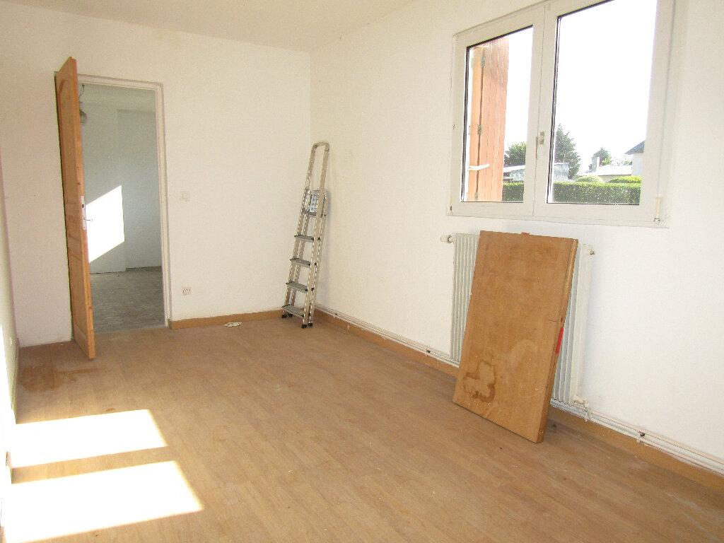 Maison à vendre 3 66.3m2 à Flavy-le-Martel vignette-5