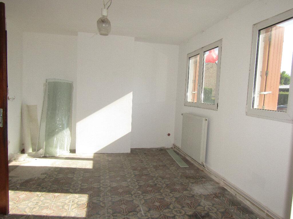 Maison à vendre 3 66.3m2 à Flavy-le-Martel vignette-6