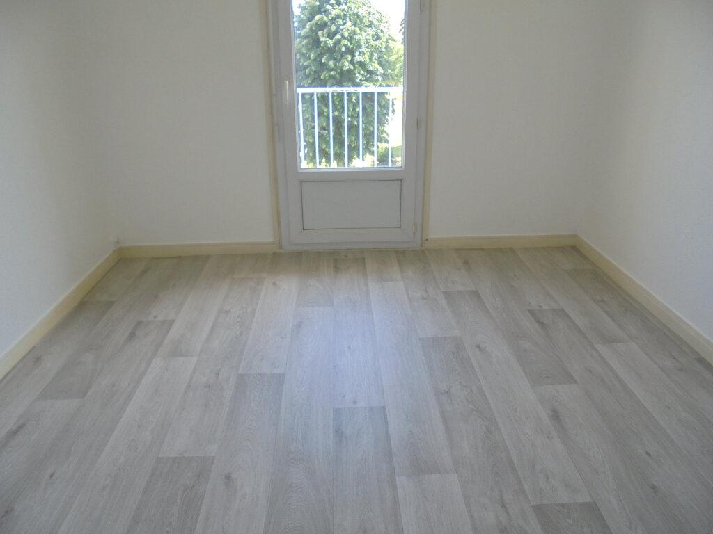 Appartement à louer 3 57.85m2 à Noyon vignette-6