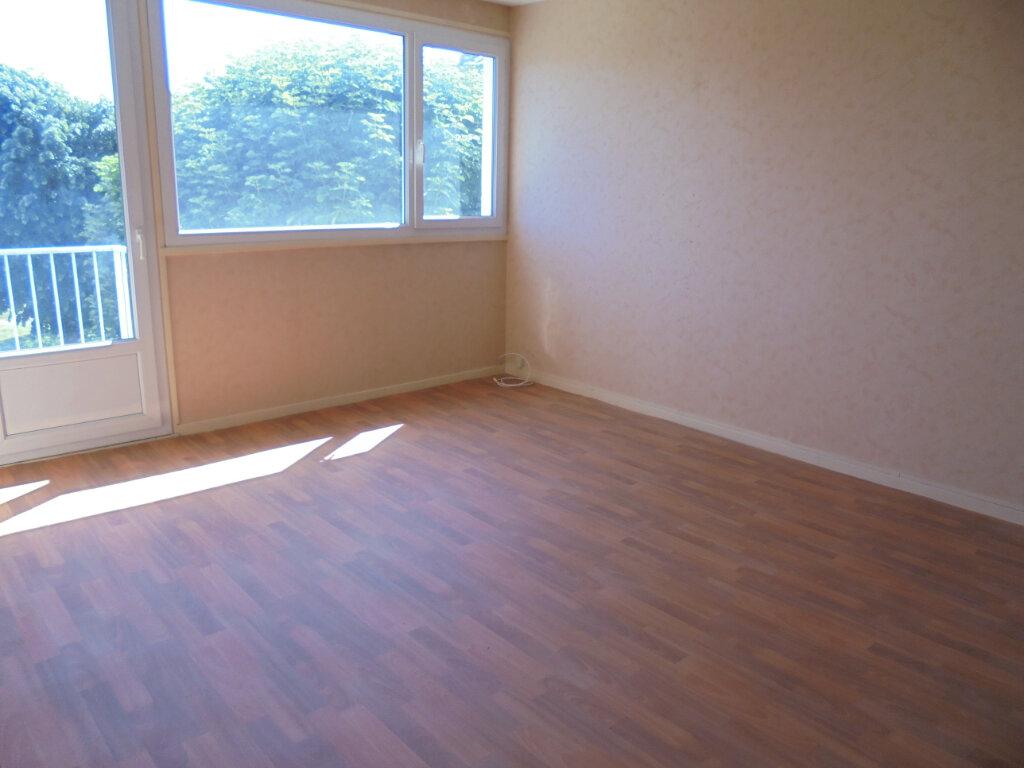 Appartement à louer 3 57.85m2 à Noyon vignette-7