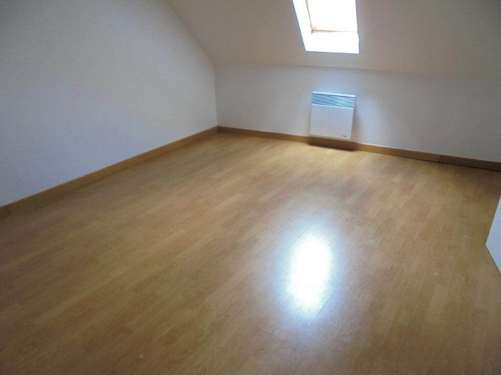 Appartement à louer 2 28.4m2 à Noyon vignette-4