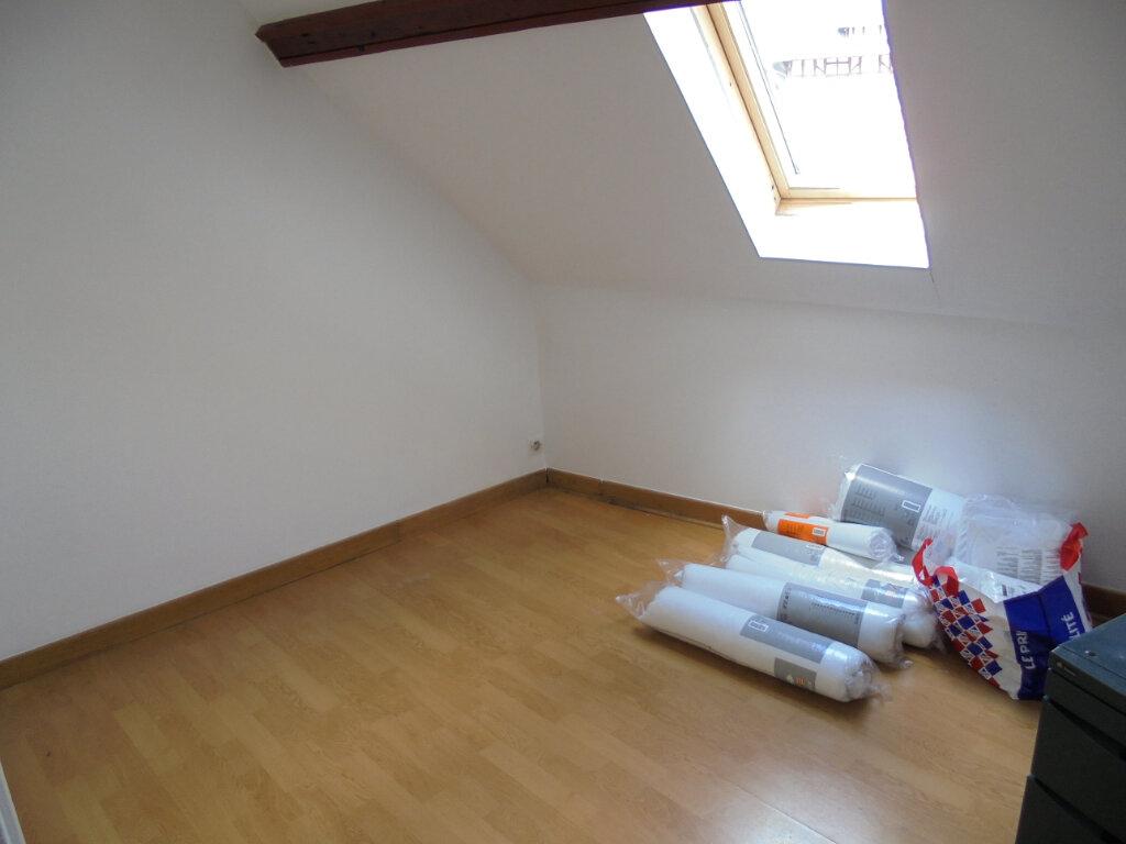 Appartement à louer 2 28.4m2 à Noyon vignette-6