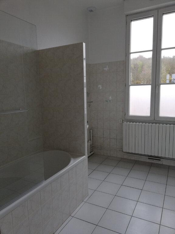 Appartement à louer 4 115m2 à Suzoy vignette-10