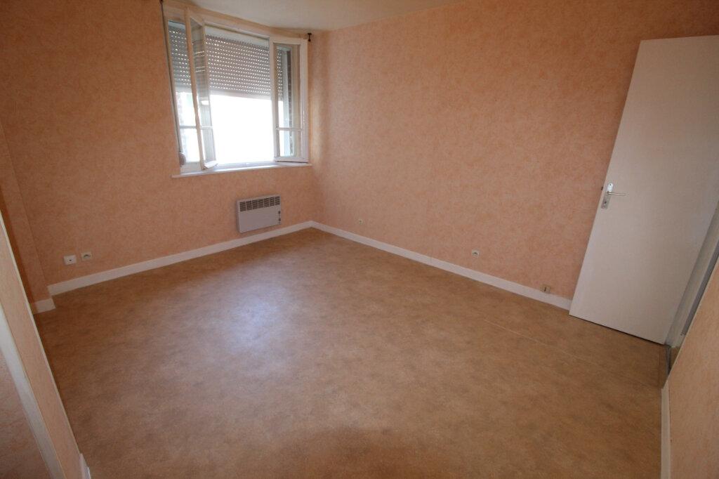 Appartement à louer 2 32m2 à Ham vignette-4