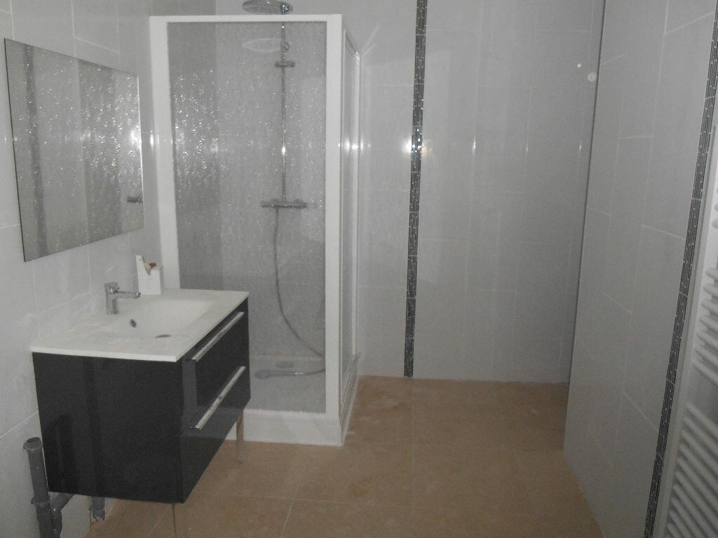 Appartement à louer 2 49.1m2 à Épernay vignette-2