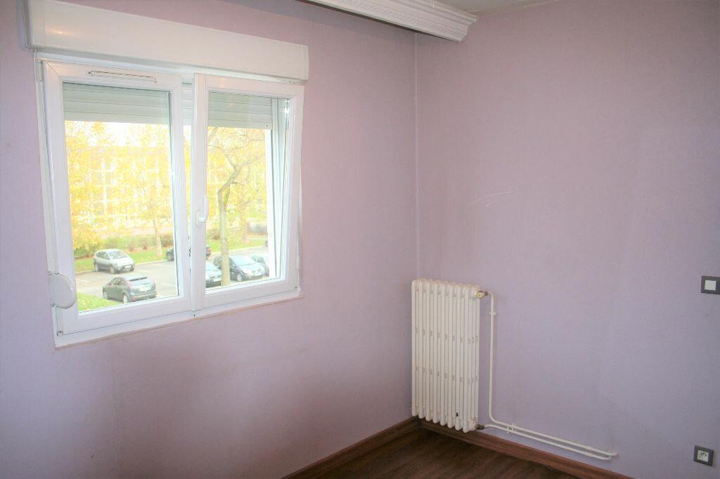 Appartement à louer 5 90m2 à Reims vignette-2