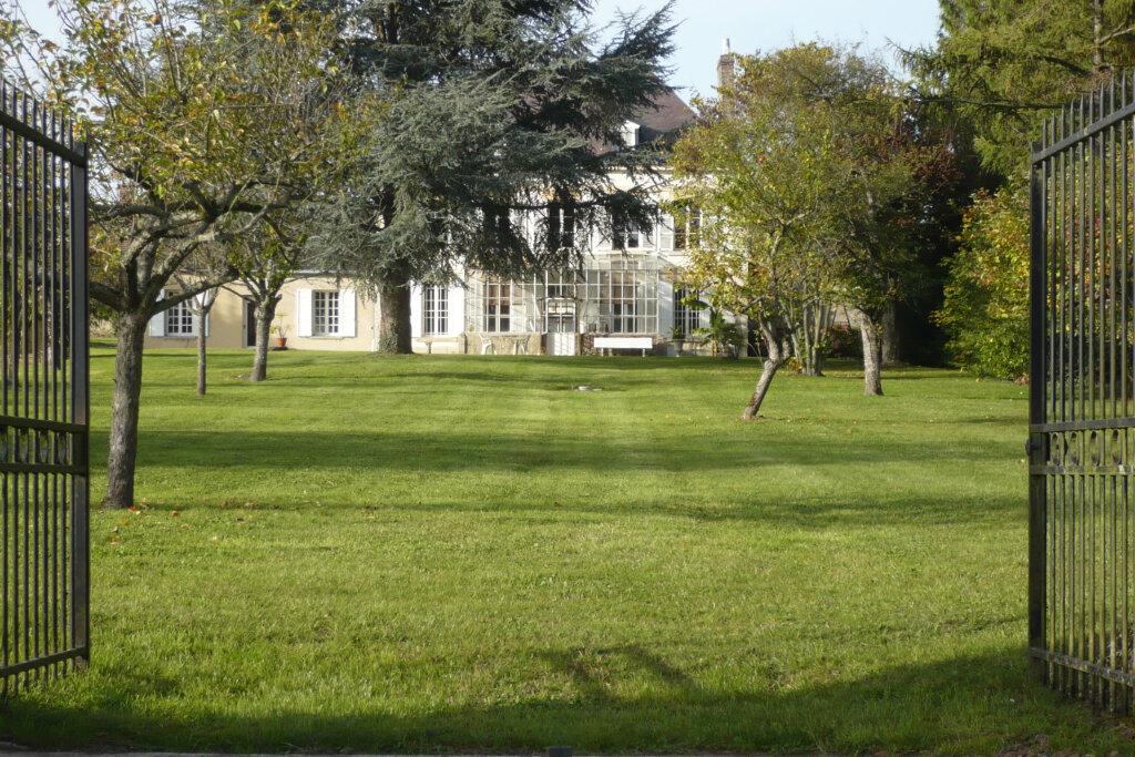 Maison à vendre 8 216m2 à Saint-Erme-Outre-et-Ramecourt vignette-1