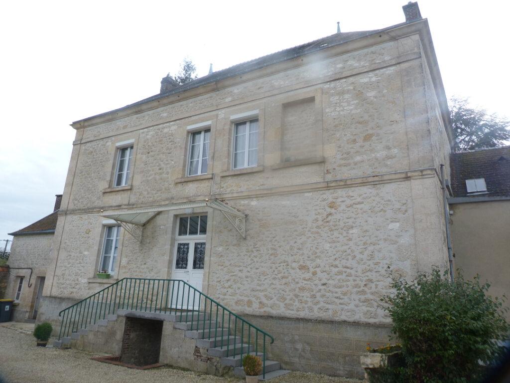 Maison à vendre 8 216m2 à Saint-Erme-Outre-et-Ramecourt vignette-2
