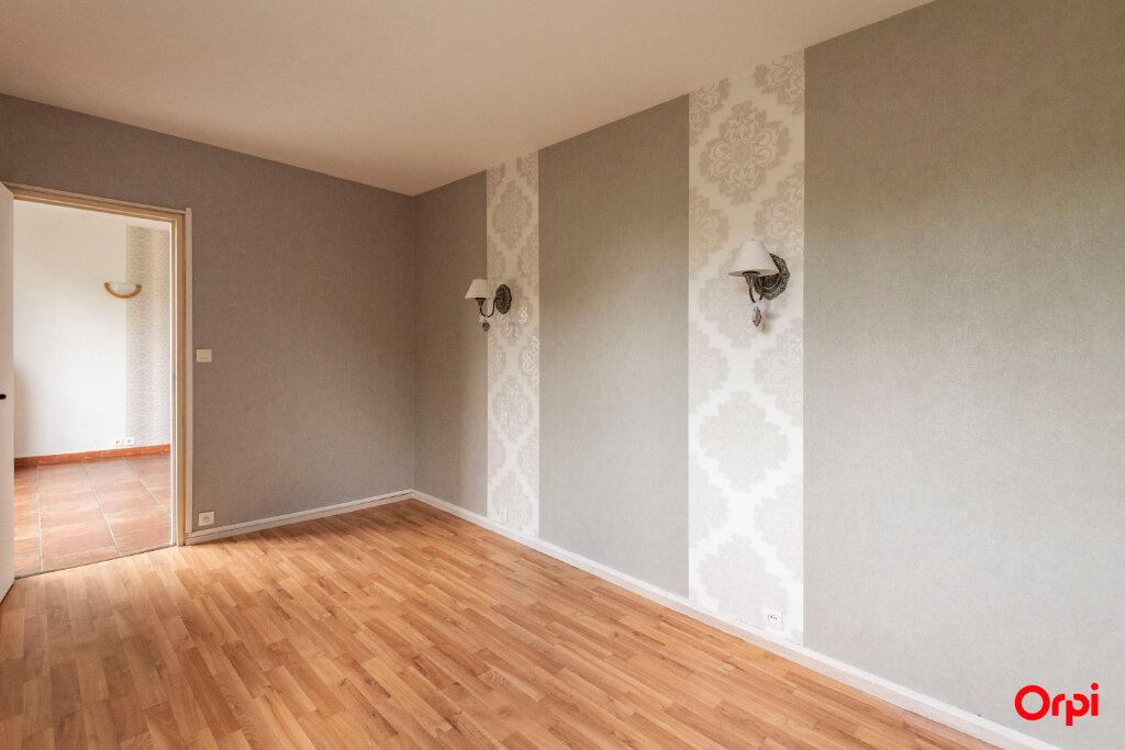 Appartement à vendre 3 61.27m2 à Reims vignette-2