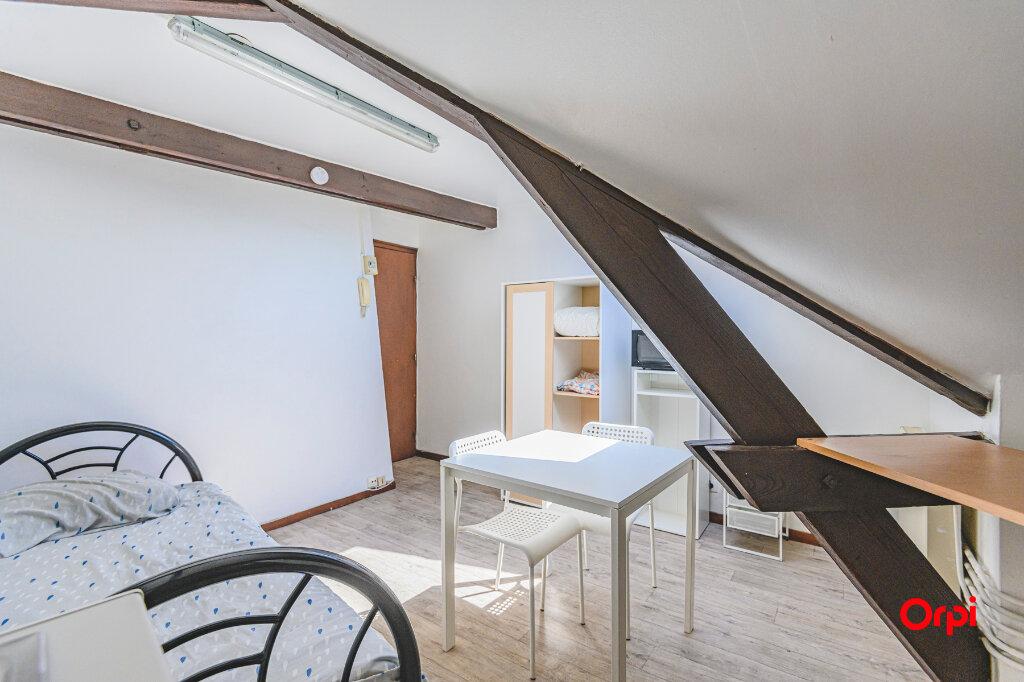 Appartement à louer 1 14.89m2 à Reims vignette-8