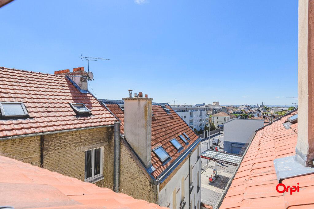 Appartement à louer 1 14.89m2 à Reims vignette-9