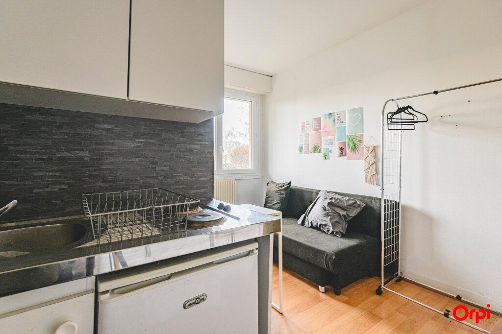 Appartement à louer 1 13m2 à Reims vignette-3