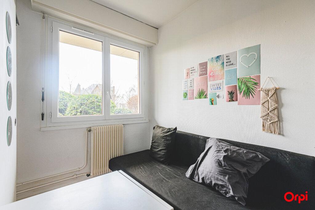 Appartement à louer 1 13m2 à Reims vignette-5