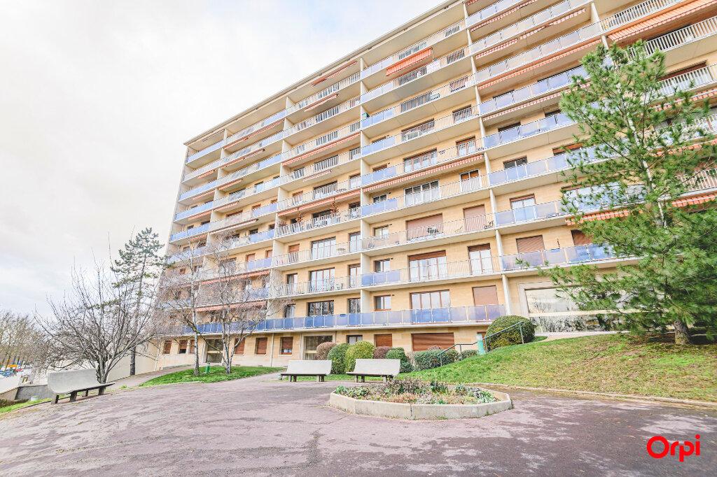 Appartement à louer 1 13m2 à Reims vignette-8