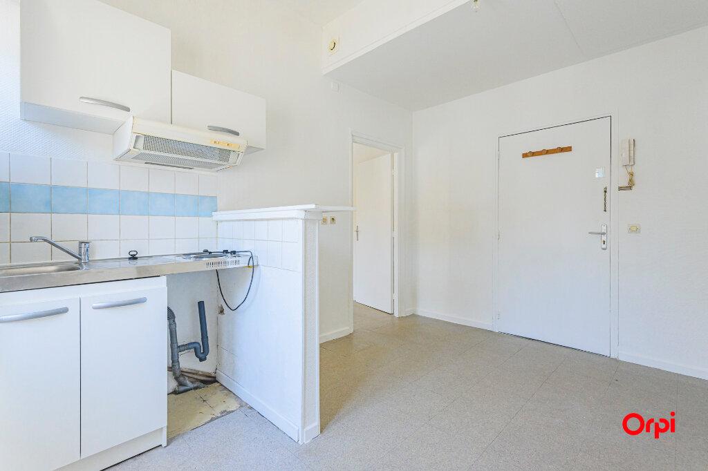 Appartement à louer 2 34.39m2 à Tinqueux vignette-2