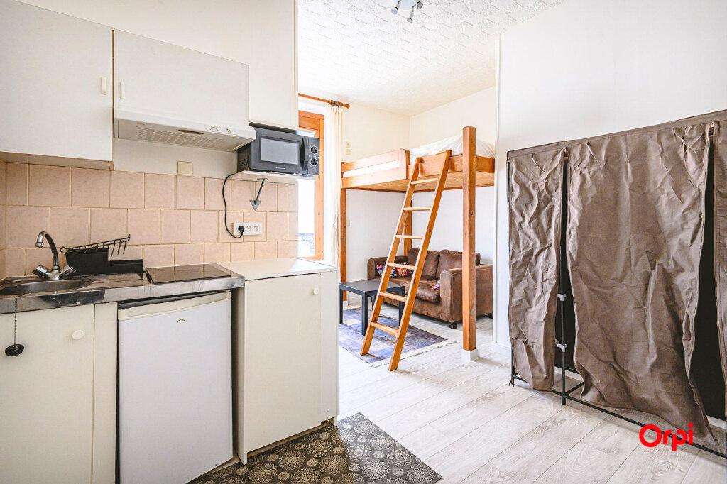 Appartement à louer 1 15.71m2 à Reims vignette-5
