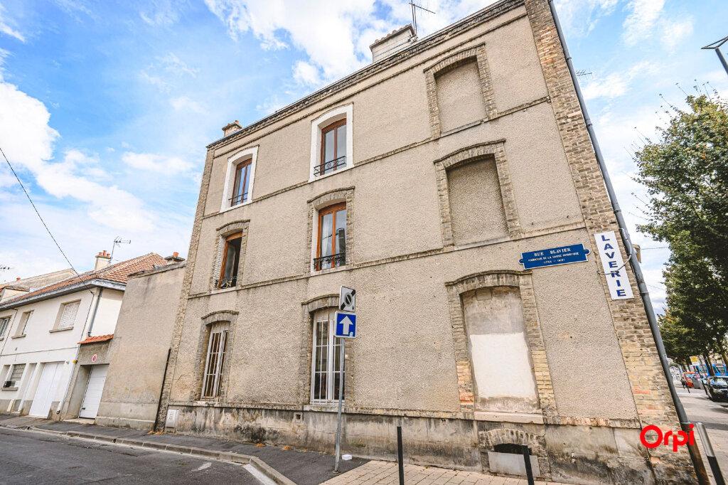 Appartement à louer 1 15.71m2 à Reims vignette-8